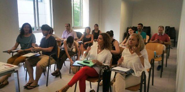La Escuela Universitaria de Odontología inicia la formación de su profesorado